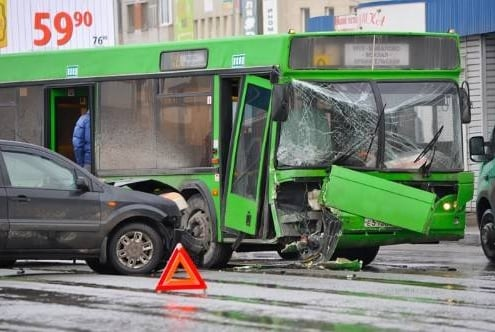 Hiring the Right Bus Accident Attorney