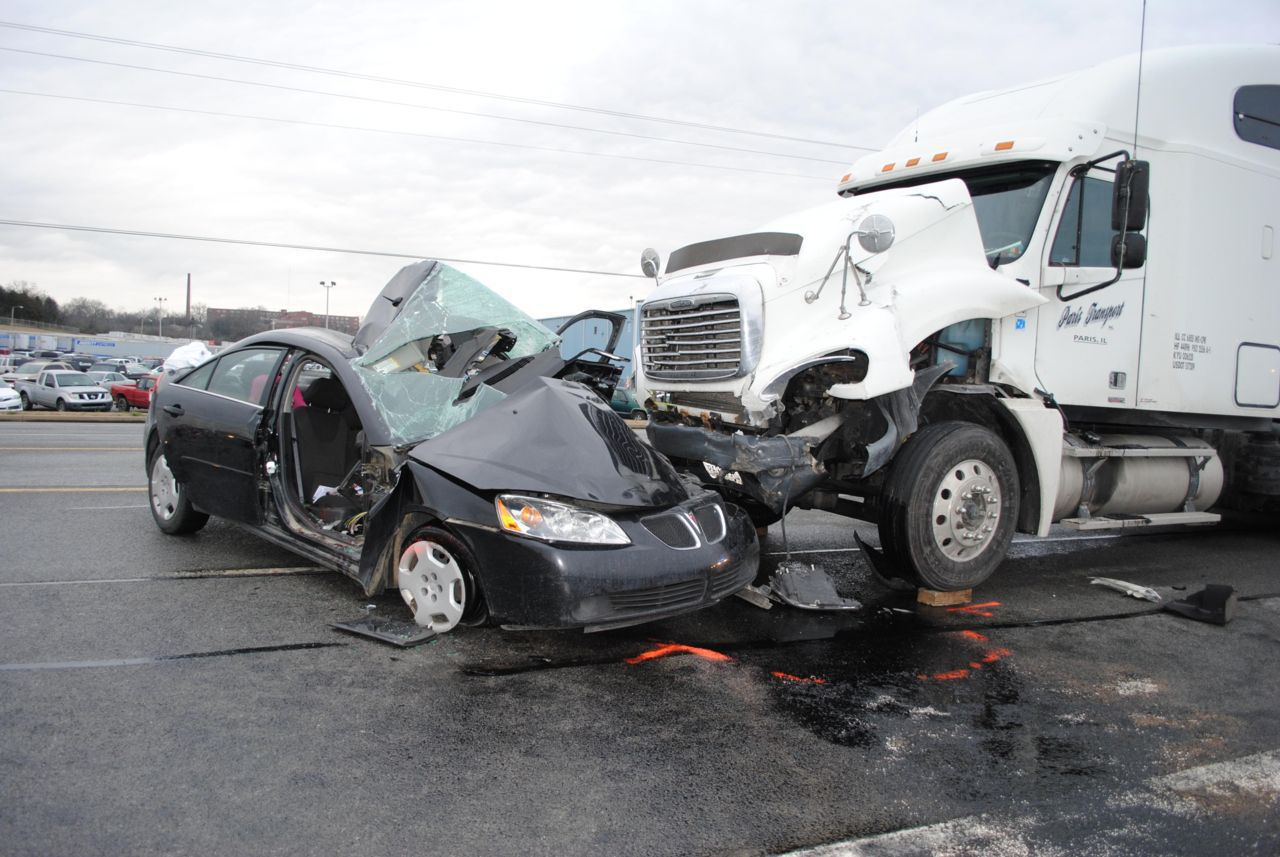 Our Truck Accident Attorneys Can Help You - Atlanta Injury