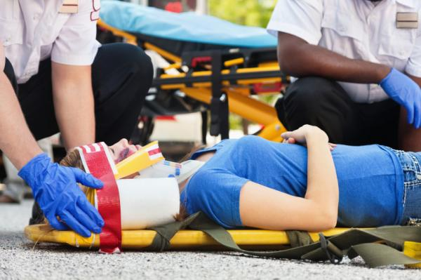 What is the definition of a spinal cord injury?